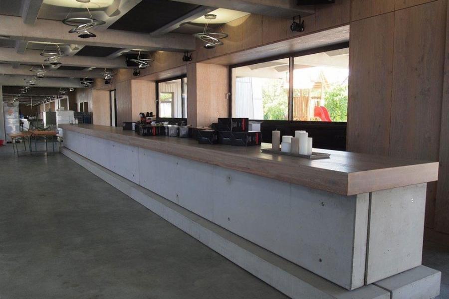 Josef Lehner GmbH Bar mit 14m Länge