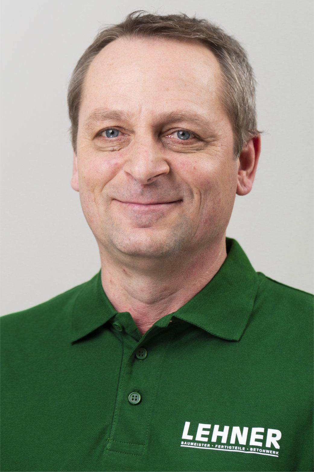 Martin Nescak<br>Einkauf