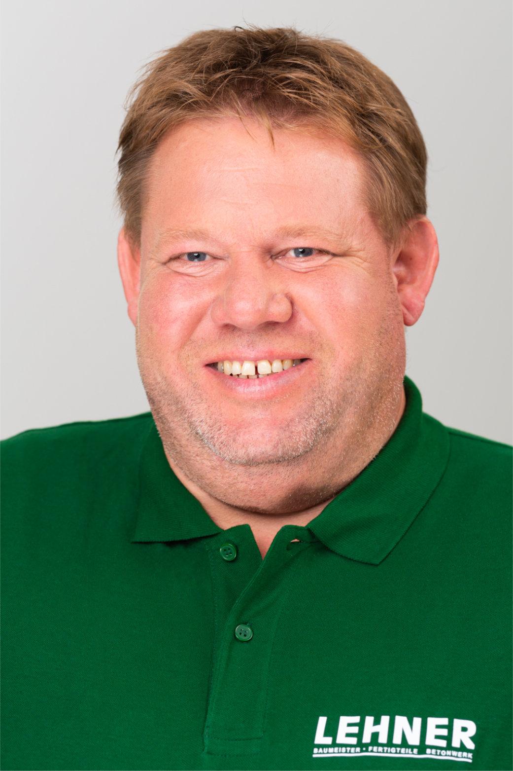 Michael Hofbauer<br>Polier Montage