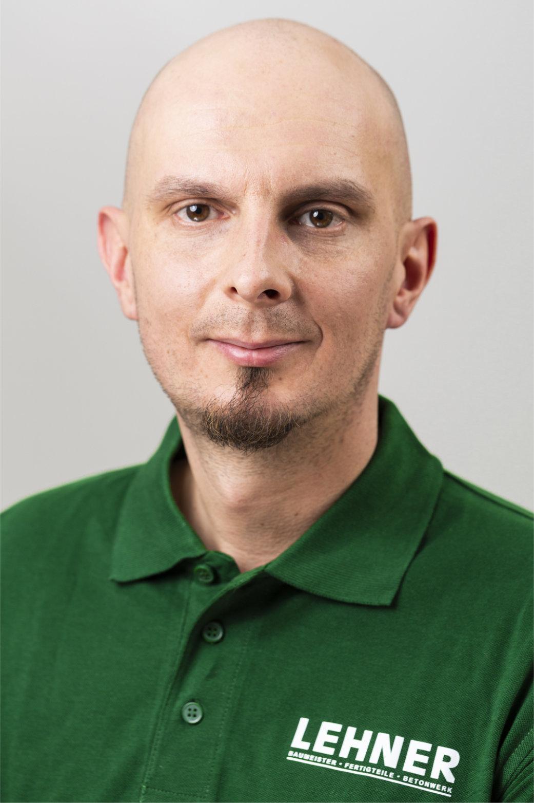 Reinhard Berger<br>Hallenmeister